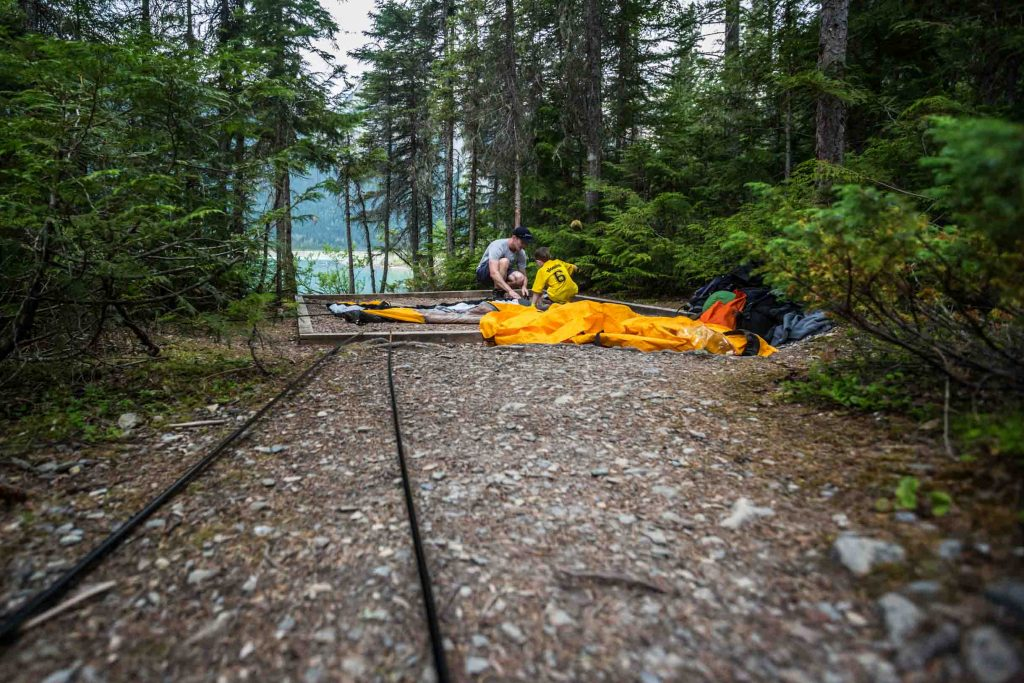 Tips for backpacking with kids - have them help you!