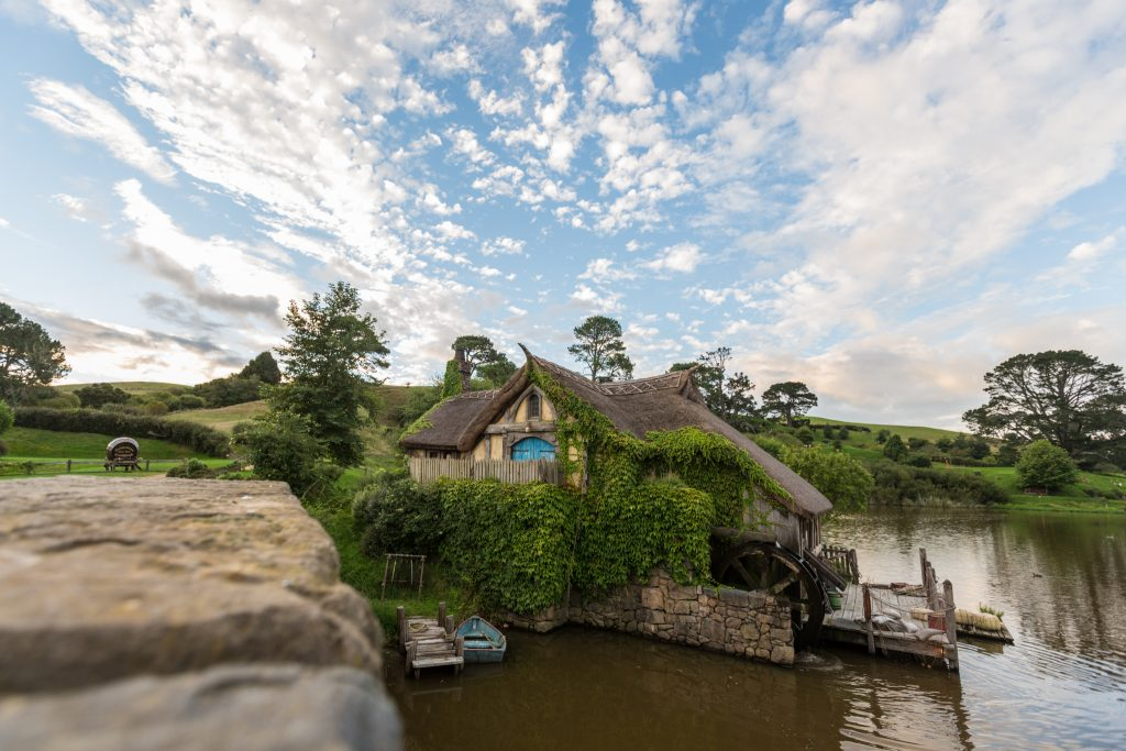 Hobbiton Mill Picture Banquet Tour Sunset Green Dragon Picture