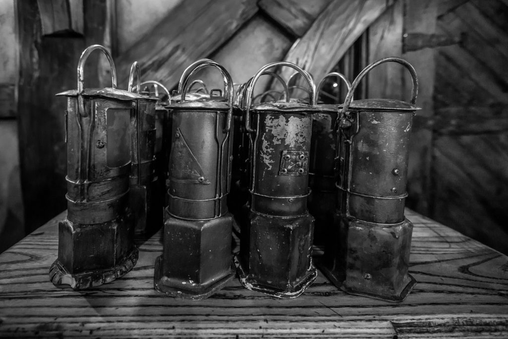 Lanterns For The Evening Walk During The Hobbiton Movie Set Evening Banquet Tour Dinner Pictures