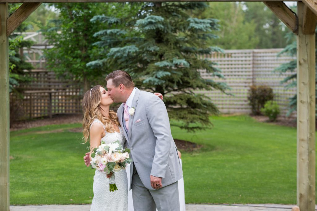 First kiss countryside golf course wedding
