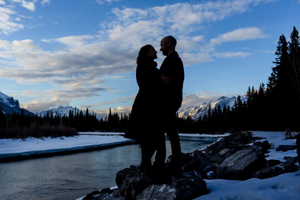 sunset engagement photos in canmore